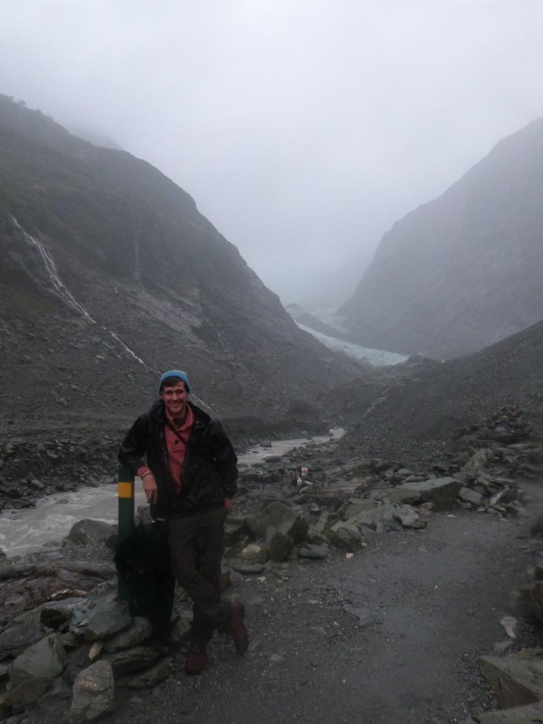 Kiwi Experience Day 11 & 12 – Rain to Ice