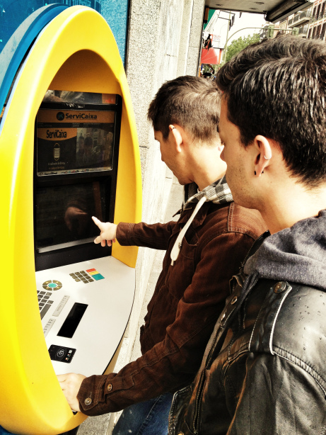 Buying Tickets from a Cashpoint in Spain