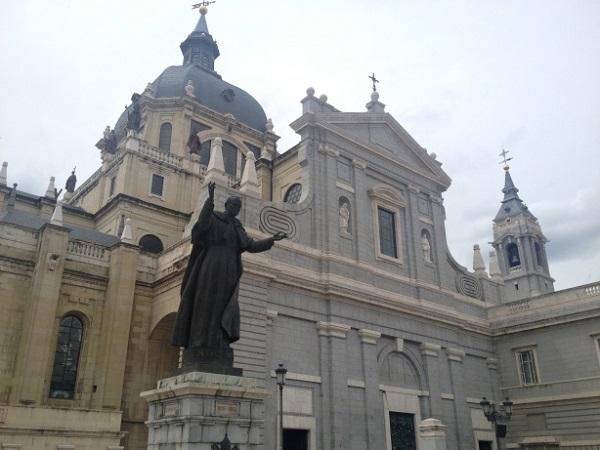 Madrid, Pope