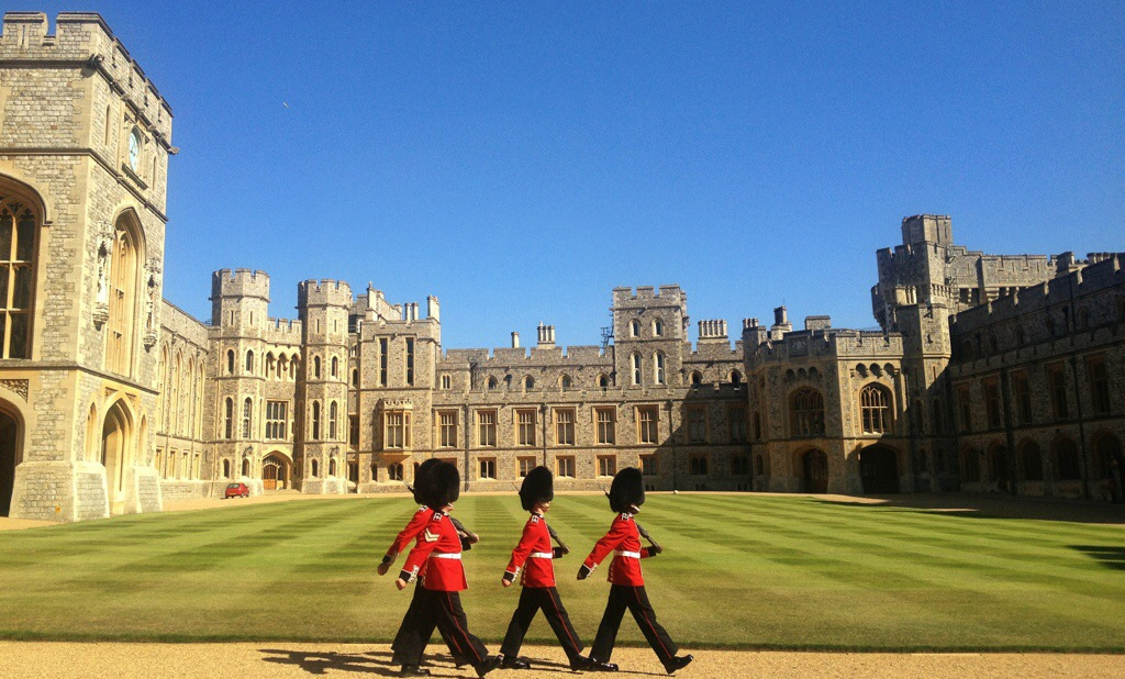 Funky Friday Photo: Guards at Windsor Castle
