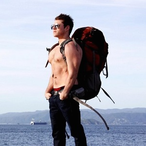 I Dated six travel bloggers