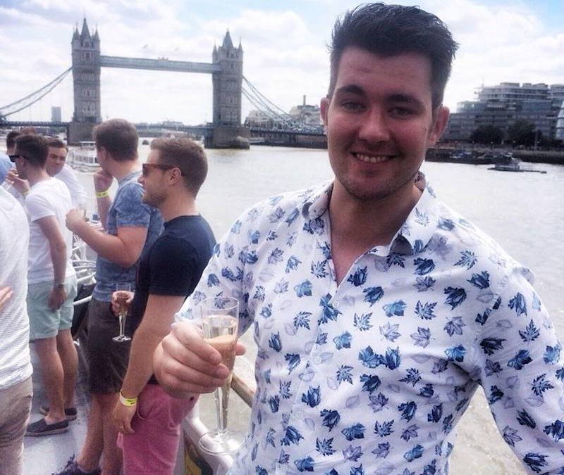 Handsome Travel Blogger in… London