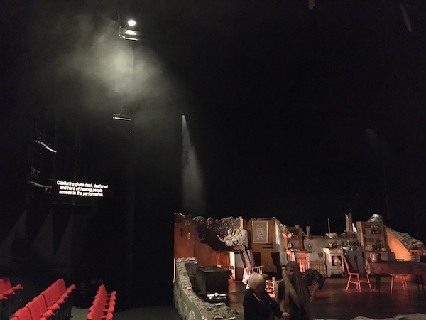 Hull truck theatre stage